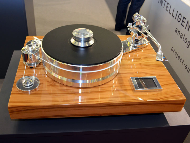 Pro-Ject Signature 10 - High End 2013 Munich - The Audio Beat - www ...